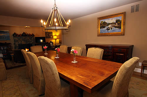 russian river group lodging dining room