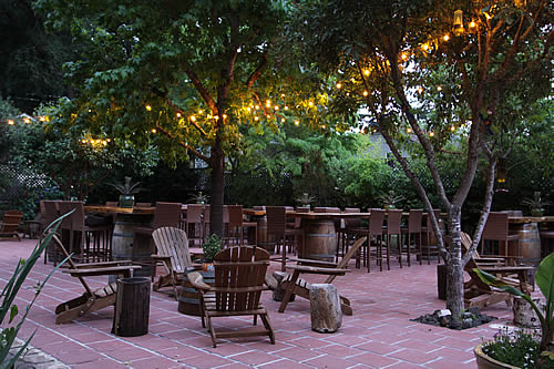 russian river group lodging patio